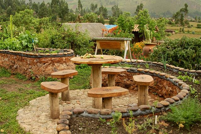 Beautiful Green Business Ideas: Organic Backyard Garden Landscape Design And  Installation